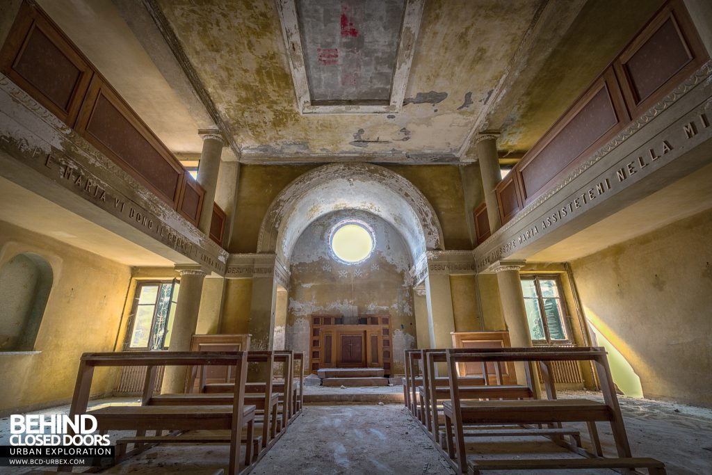 Red Cross Hospital, Italy -The chapel with faded red cross on the ceiling