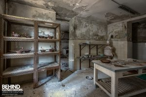 Red Cross Hospital, Italy - Kitchen