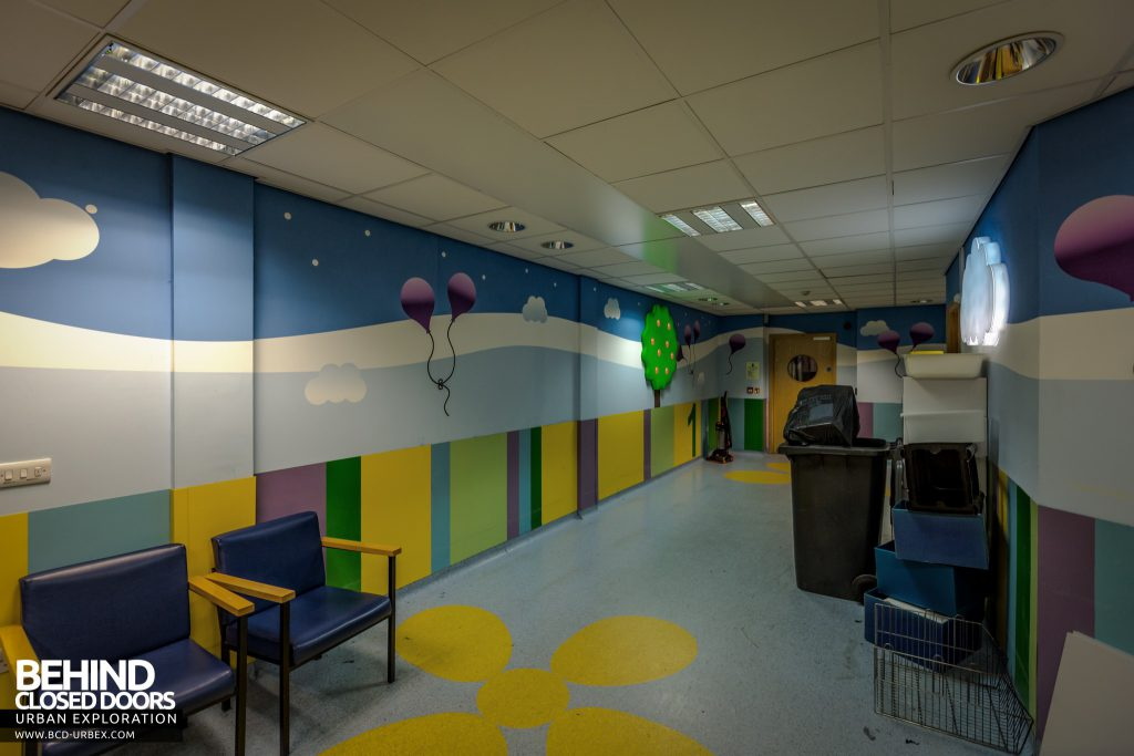 Alder Hey Children's Hospital - Operating theatre reception