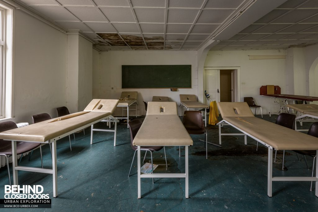 Haus Der Anatomie - Another physiotherapy classroom