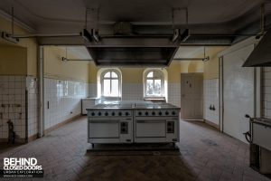 Schloss V, Germany - Kitchen
