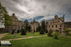 Schloss V, Germany - Grand external