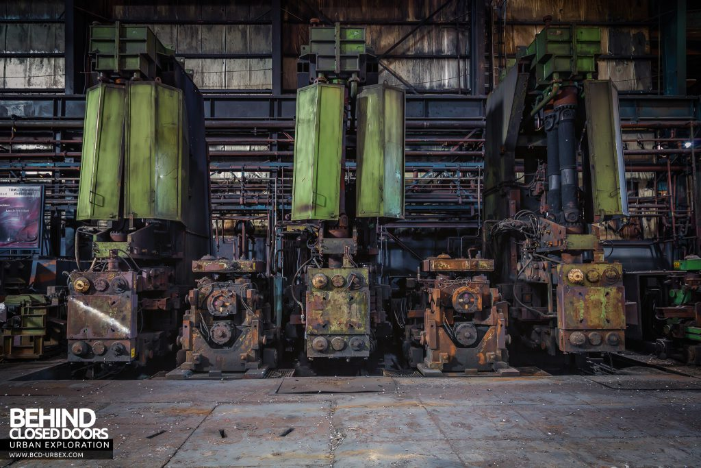 Thamesteel Sheerness - Machines for rolling billets into straight bar rounds and rebar