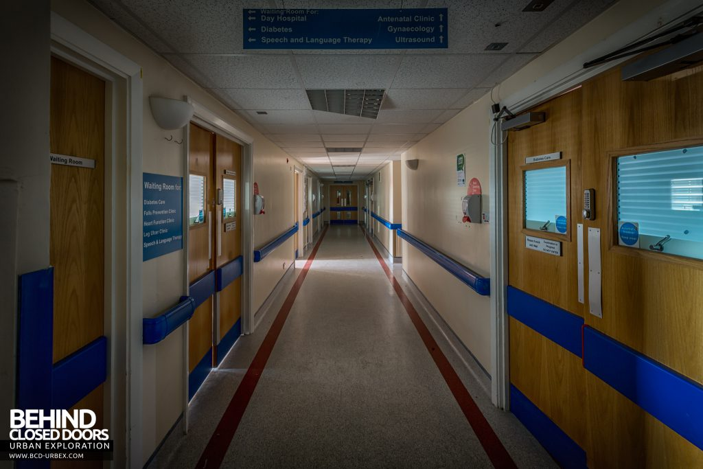Queen Elizabeth II Hospital - A very typical hospital corridor with signage