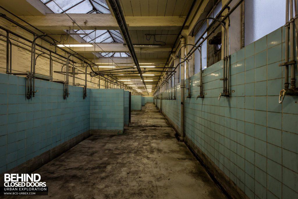 Kellingley Colliery - Showers