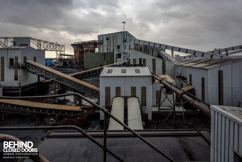 Kellingley Colliery - Masses of coal conveyors