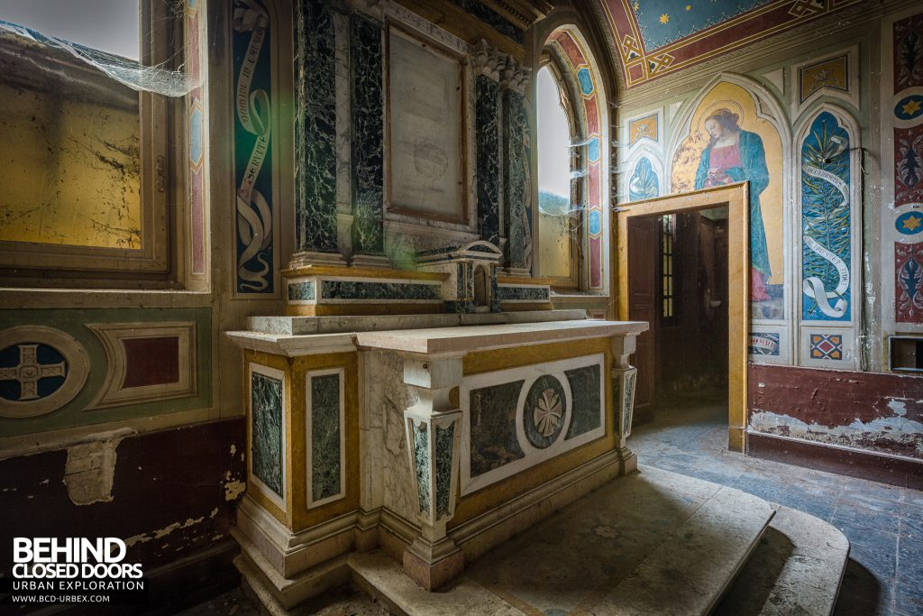 Palace Casino, Italy - The altar in the stunning chapel