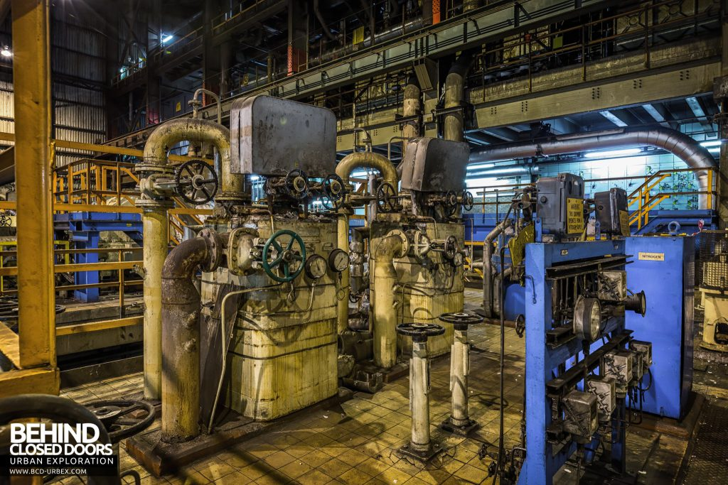 Redcar Steelworks Power Station - Machinery in the turbine hall