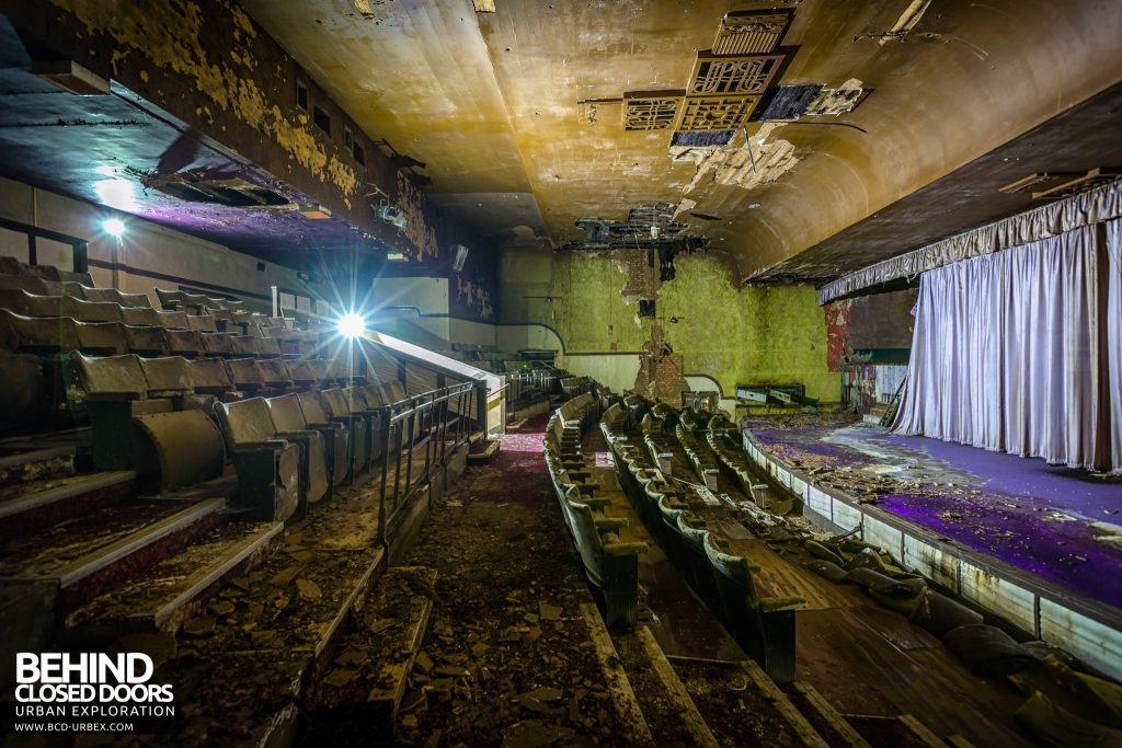 Danilo Cinema, Hinckley - Auditorium from the side