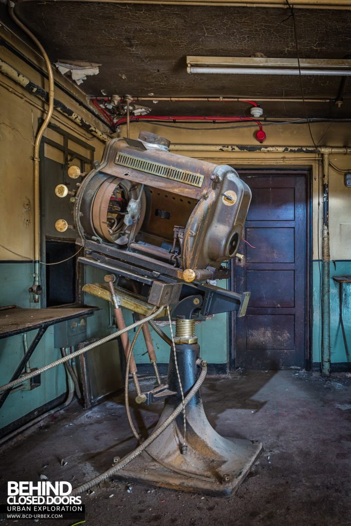 Grand Theatre, Banbury - Remains of a projector