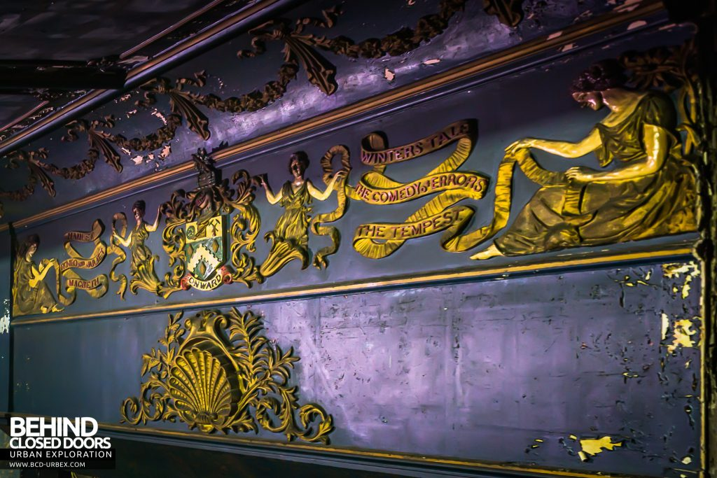 Theatre Royal, Hyde - The plasterwork above the stage depicts plays by Shakespeare