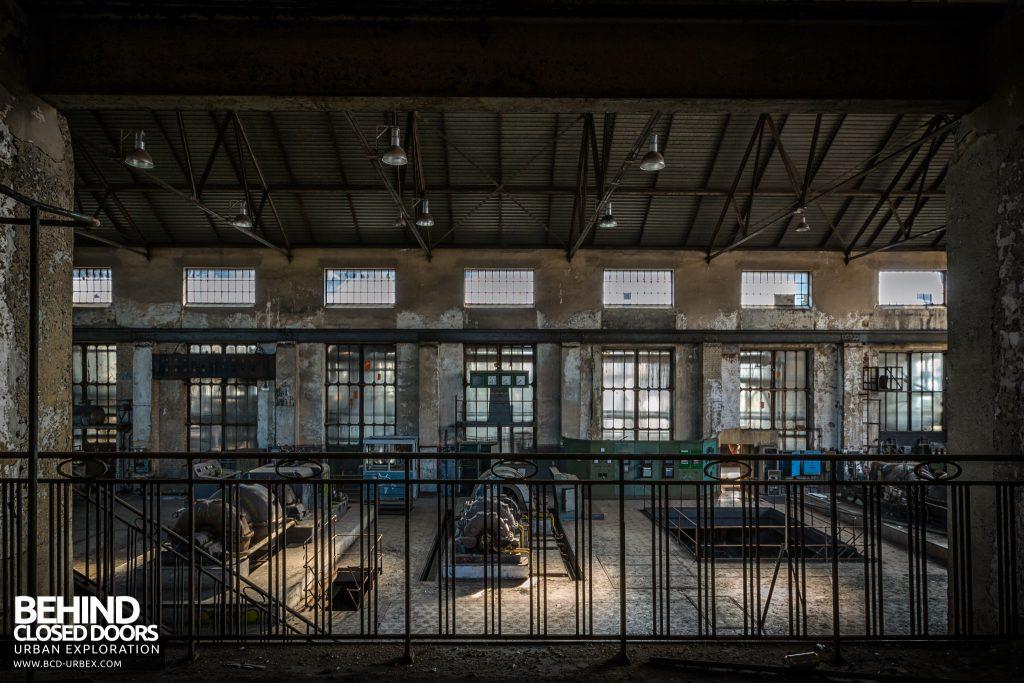 Alienworks - Turbines behind railings