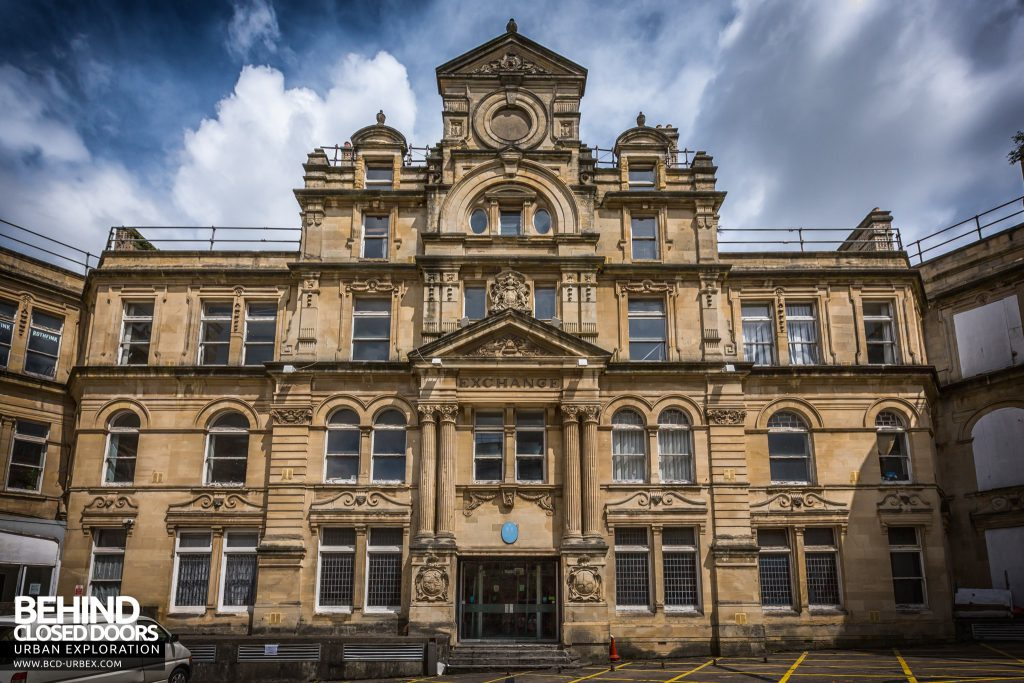 Coal Exchange, Cardiff - The grand exterior of the building