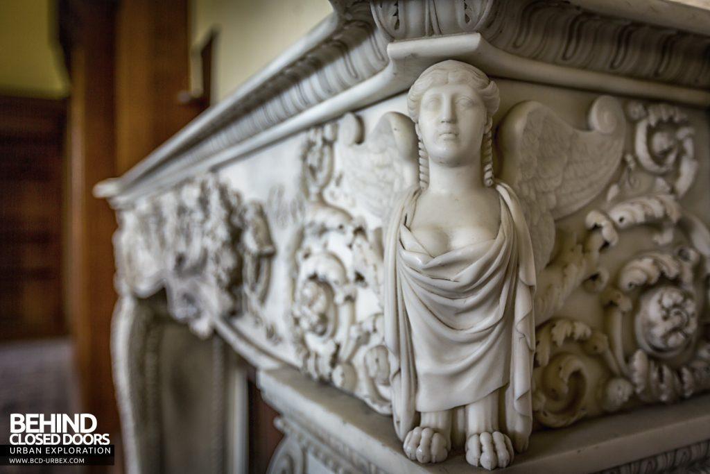 Tottenham House, Severnake - Fireplace detail
