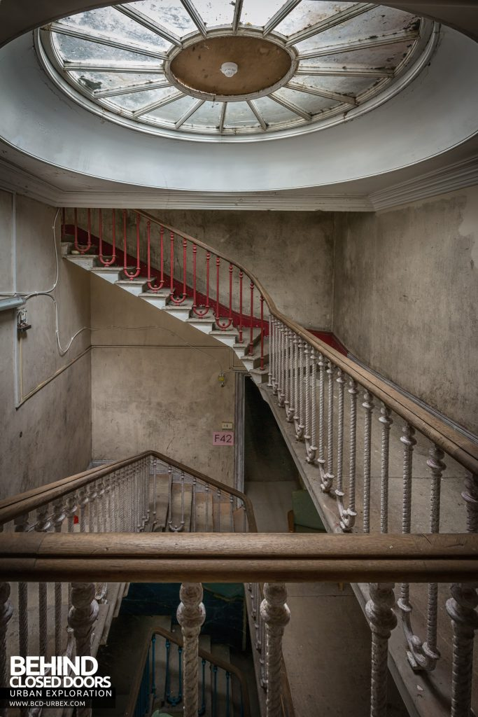 Tottenham House - Staircase with dome skylight