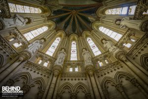 Chapelle des Pelotes, France - Looking up