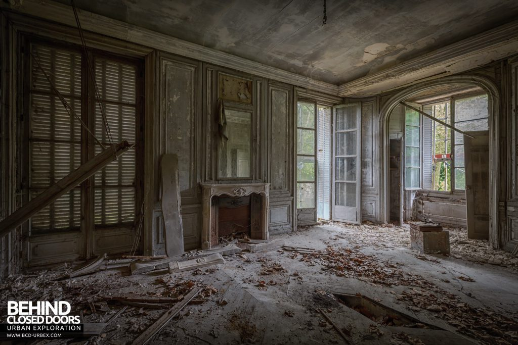 Château Bambi, France - Much of the first floor had collapsed, but this room remained in better condition