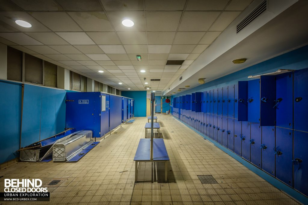 Scartho Baths Swimming Pool, Grimsby - Changing room