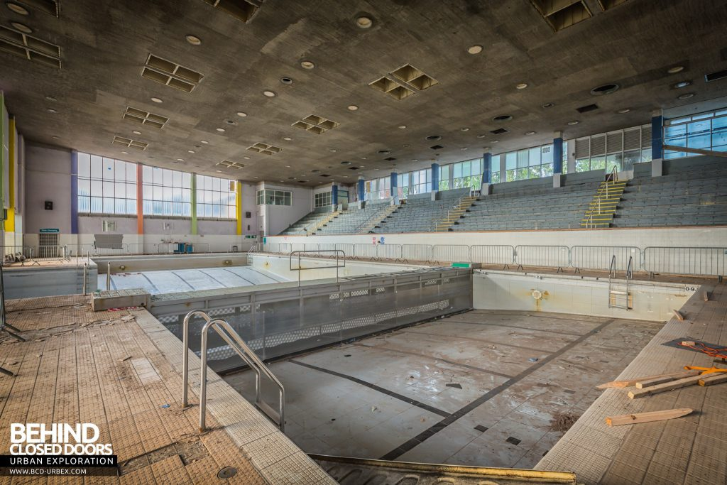 Scartho Baths Swimming Pool, Grimsby - Pool with divider at one end