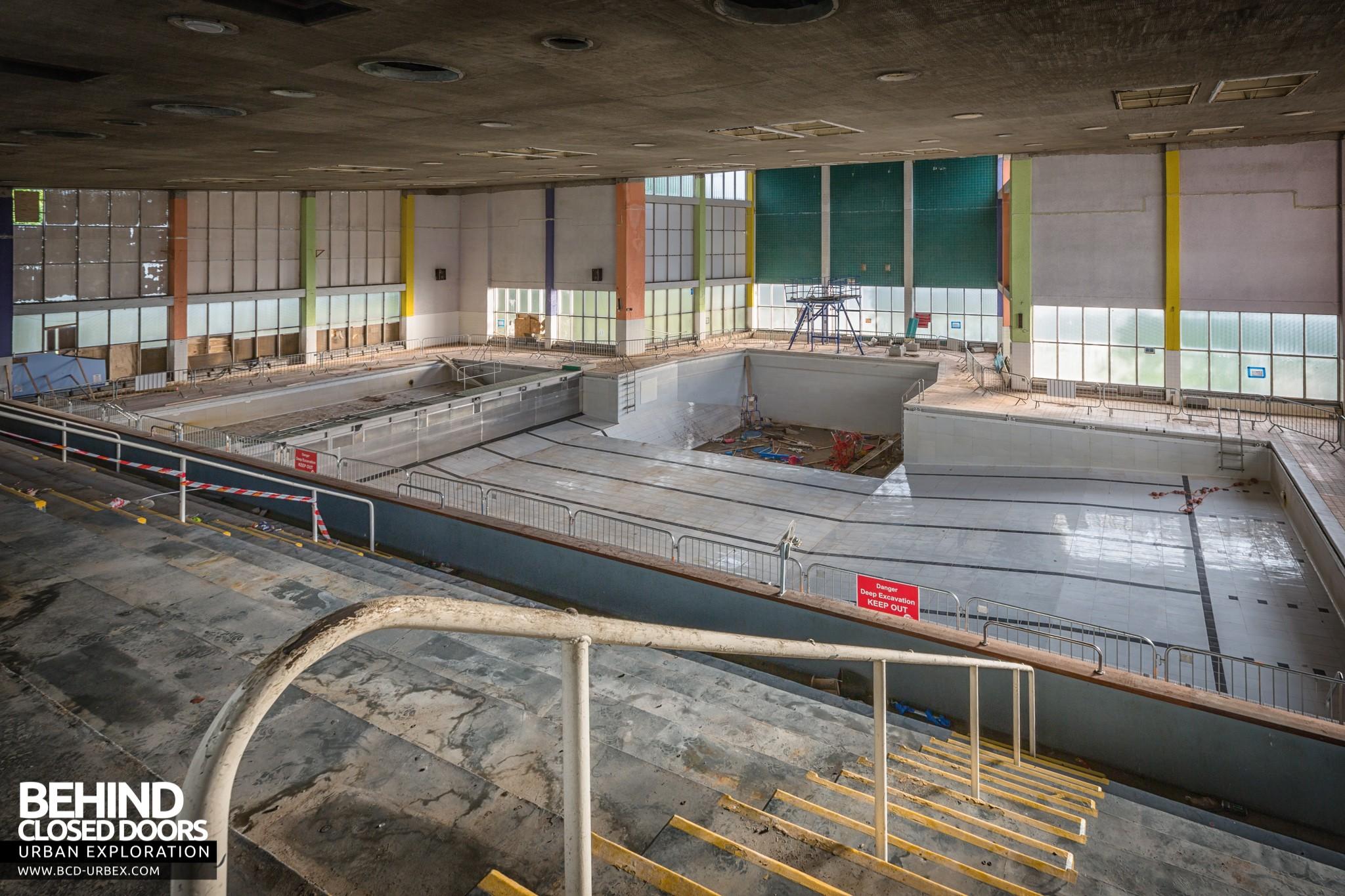 Scartho Baths Swimming Pool Grimsby 187 Urbex Behind