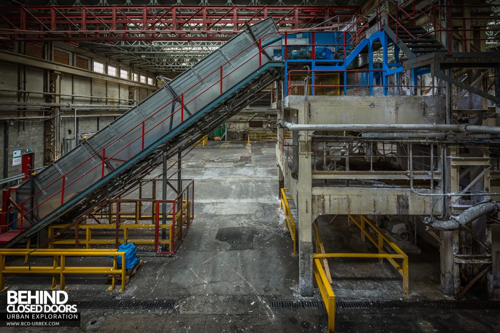 Tullis Russell Papermakers - Elevator for loading materials into the 'broke' pulpers