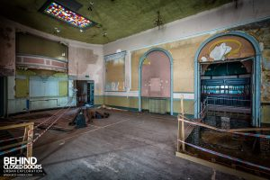 Wellington Rooms - Other side rooms in a state of disrepair