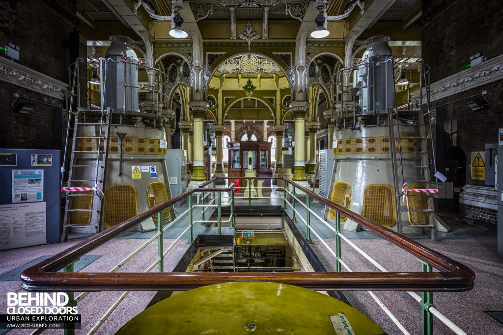 Abbey Mills Pumping Station - View down one wing