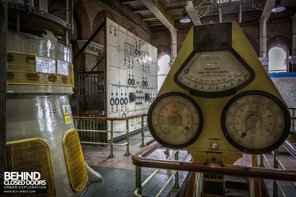 Abbey Mills Pumping Station - Gauges in front of control panel