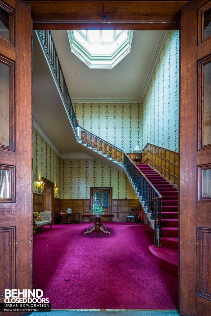 Quorn House - Doors to hallway