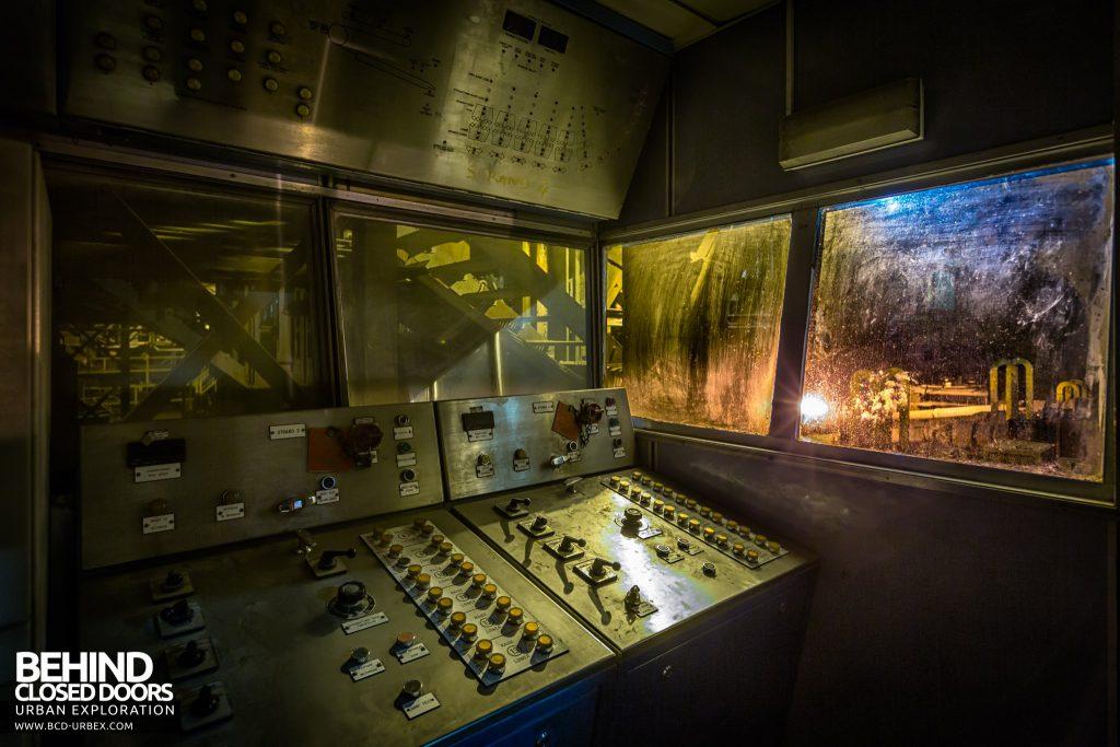 Lackenby Steelworks - Straightener machine control room