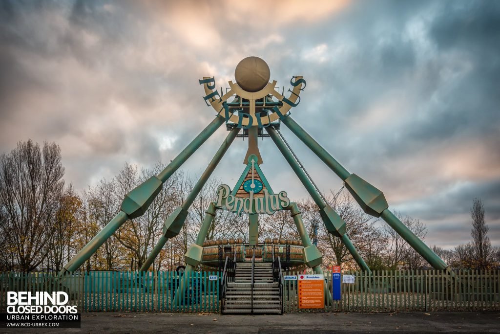 Pleasure Island, Cleethorpes - The Pendulus Ride