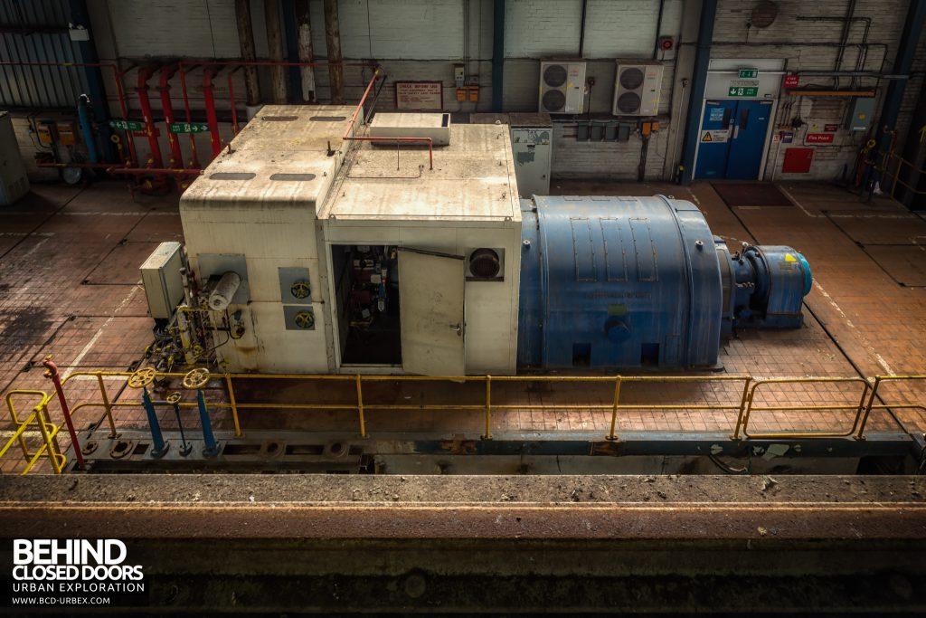 Spondon H Power Station - Metro-Vic turbine with upgraded AEG Kanis generator in enclosure