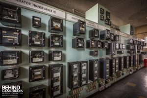 Spondon H Control Room - Switch panels