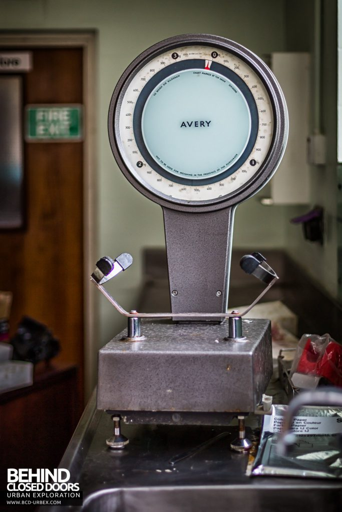 Forster Green Mortuary, Belfast - Avery scales