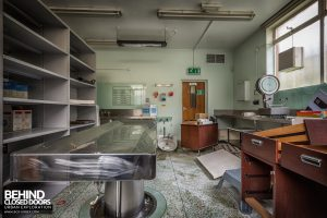Forster Green Mortuary, Belfast - Post mortem room