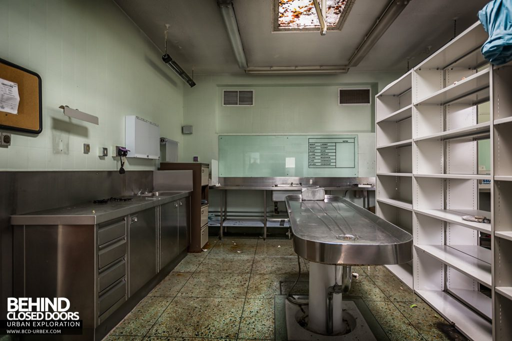 Forster Green Mortuary, Belfast - Metal morgue slab and cabinets