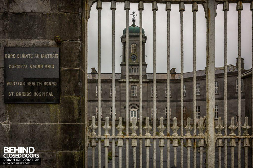 St. Brigids / Connacht Asylum - The building through front gates