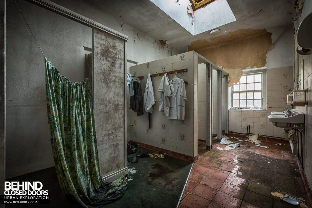 St. Brigids / Connacht Asylum - Nurse uniforms in changing room
