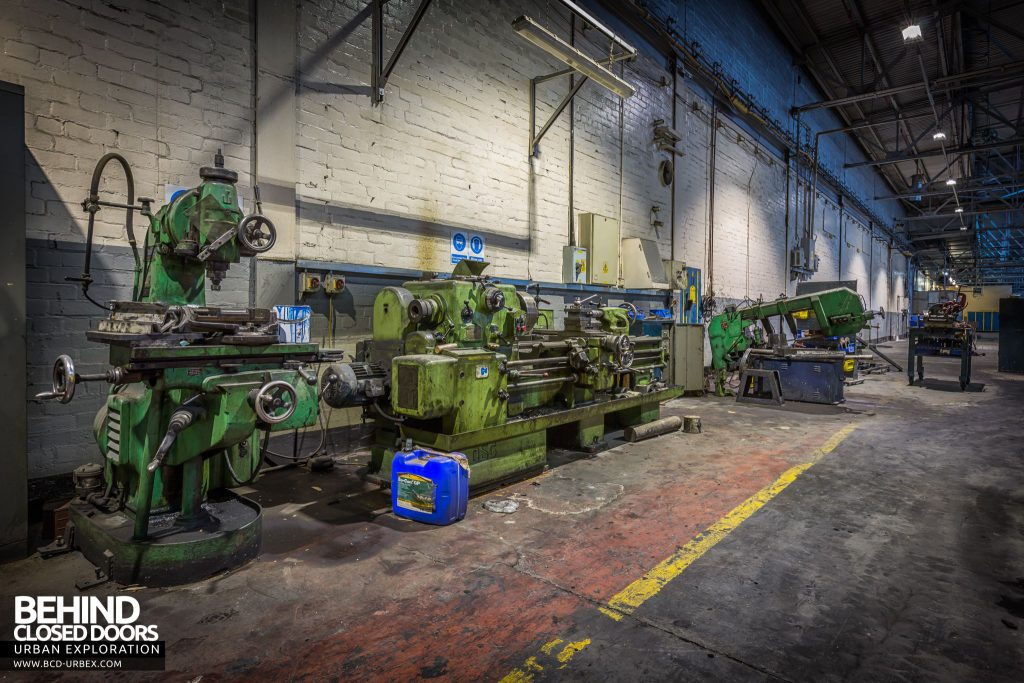 Goodyear Mixing and Retread Plant, Wolverhampton - Lathes and drills in the workshop