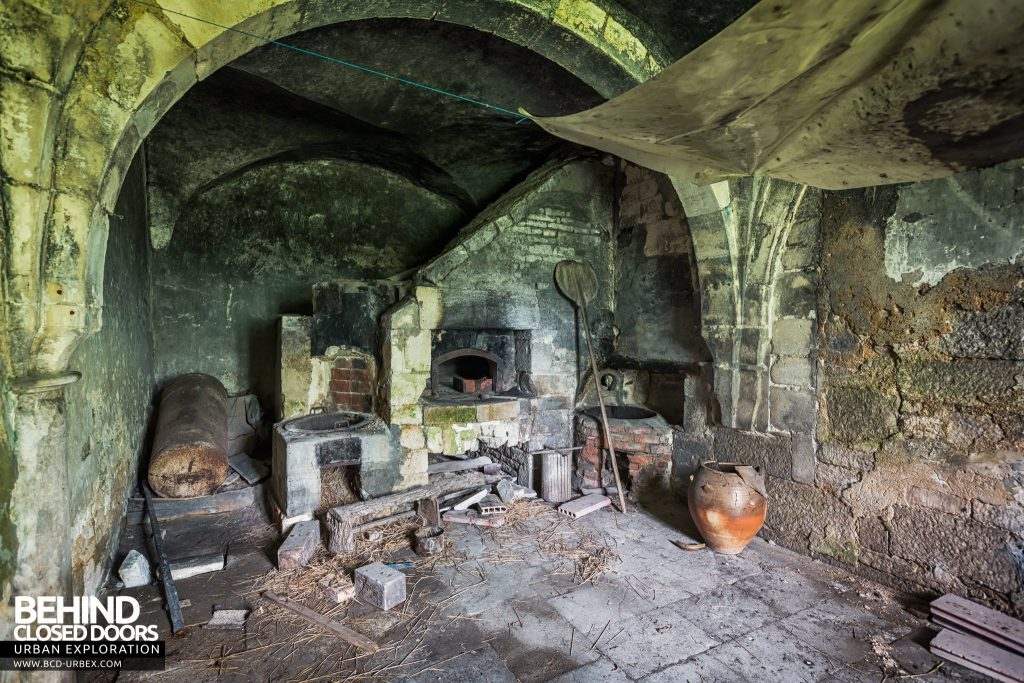 Château Stromae / Castle 65, France - Old stone stove / fireplace with various tools