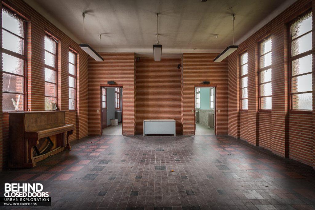 La Morgue Prelude, France - Entrance hall