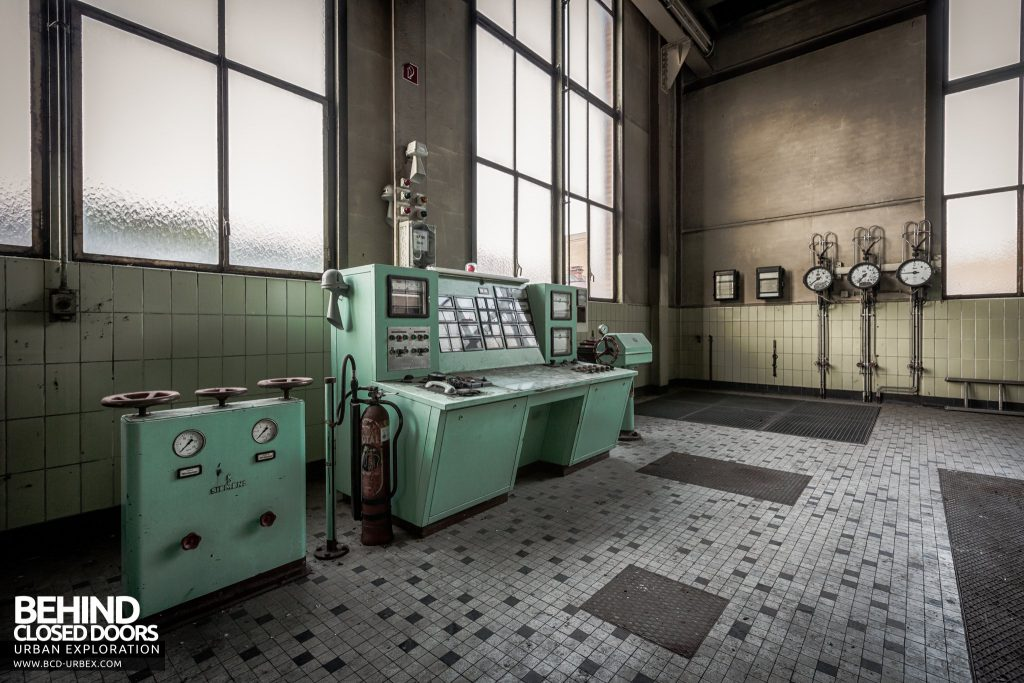 Peppermint Power Plant, Germany - Very nice control panel