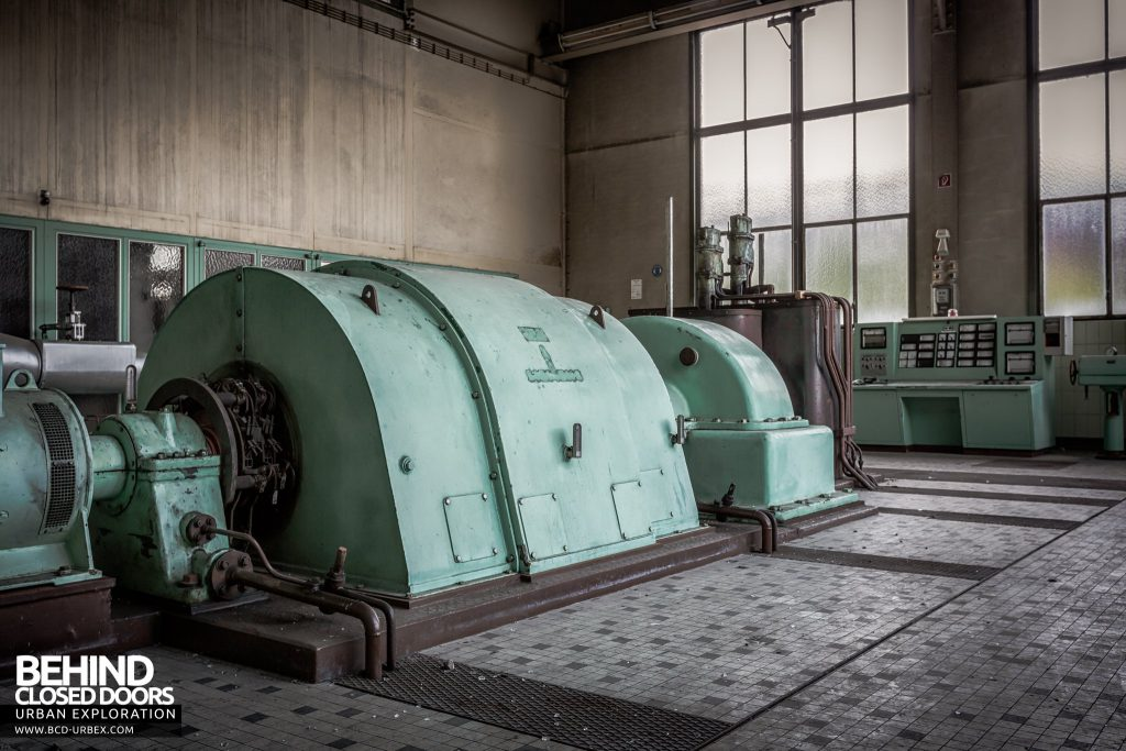 Peppermint Power Plant, Germany - Minty coloured turbine with control panel behind