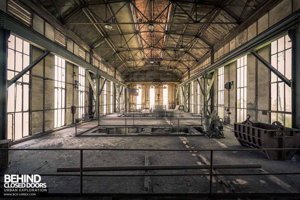 Powerplant X, Luxembourg - The 1940s turbine hall, now empty