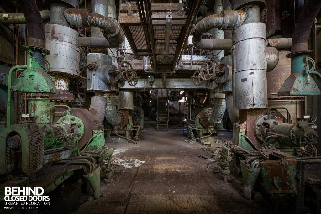 Powerplant X, Luxembourg - Pipes in the boiler house