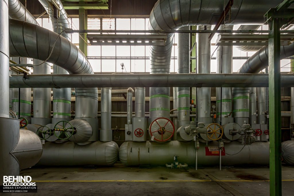Ford Genk Powerhouse - Steam pipes