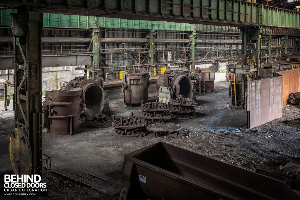 Florange Steelworks, France - Wider view of the ladles