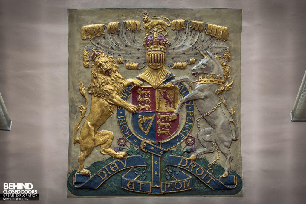 Greenwich Magistrates Court - Monogram of Edward VII in plaster
