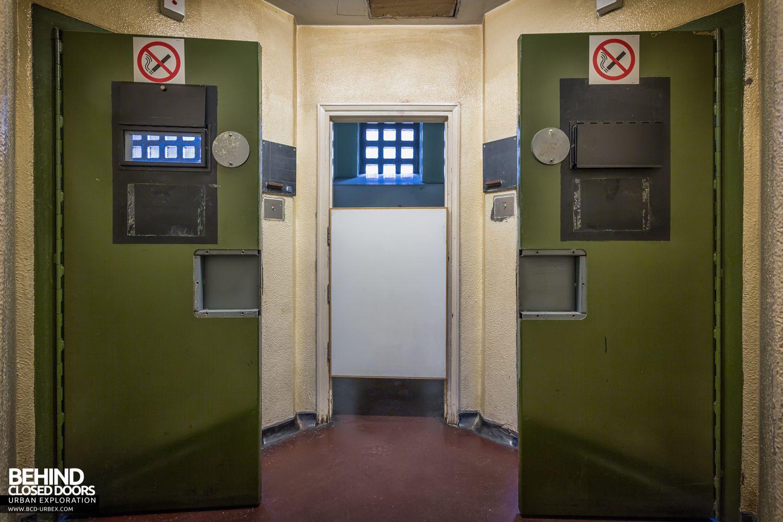 Greenwich Magistrates Court London 187 Urbex Behind