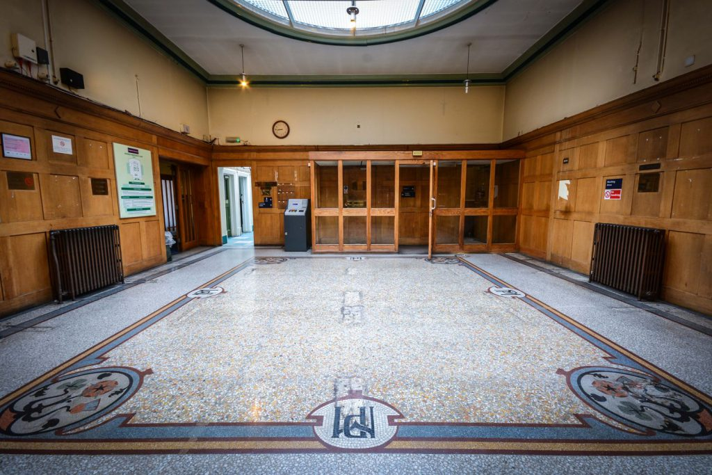 Greenwich Magistrates Court - Foyer with MP (Metropolitan Police) monogram mosaic [photo by The_Raw]